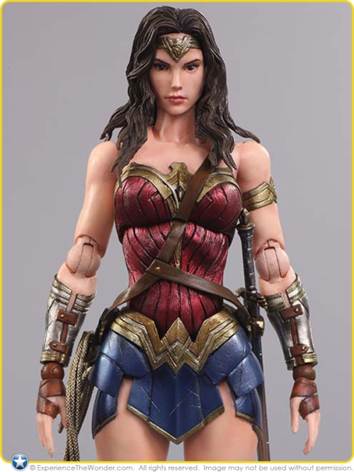 2016-Square-Enix-Batman-vs-Superman-Gal-Gadot-Wonder-Woman-004