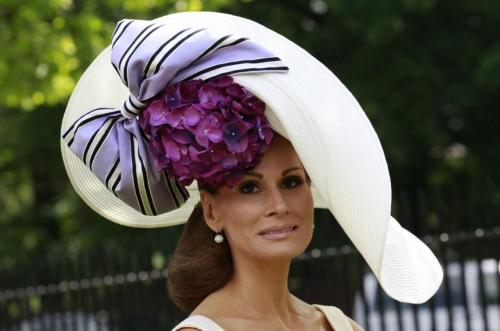 114134-royal-ascot-2011-a-spectacle-of-glamour-style-and-the-infamous-mad-hat