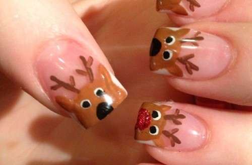 Cheeky-reindeers-Christmas-nails