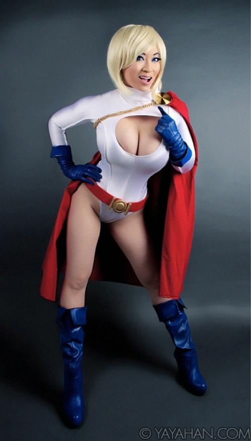 powergirl2_600_1056_s