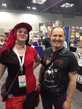Harley and her Henchman! got a really nice cosplayer to pose with hubs!