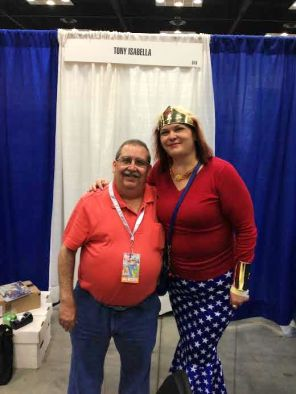 Tony Isabella a Facebook Friend that I was finally able to meet in person! Nice!! lovely chat too!