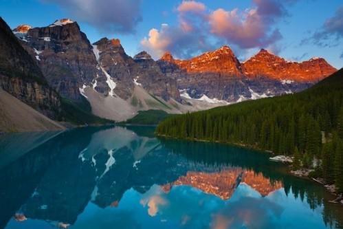 Banff-National-Park-ALberta-Canada-Lake-Moraine-101-670x447