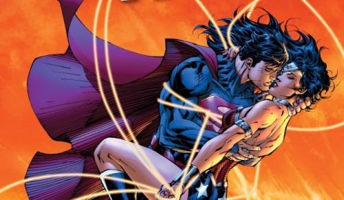 superman-and-wonder-woman-kiss-21-137445